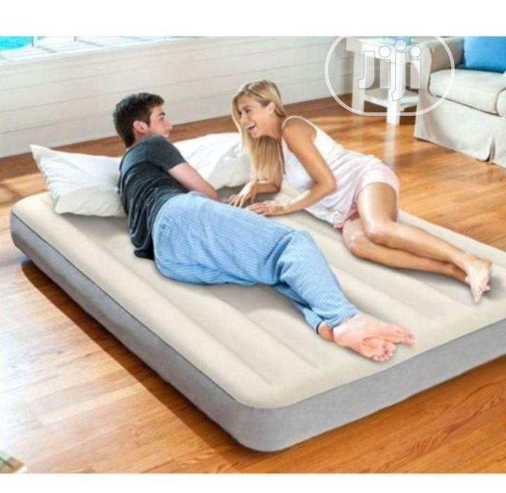 Intex Queen Size Air-Flow Bed With Pump
