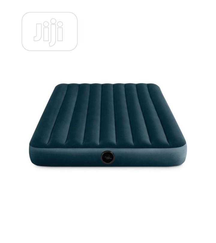 Intex 10in Full Size Inflatable Dura-Beam Midnight Airbed With Pump
