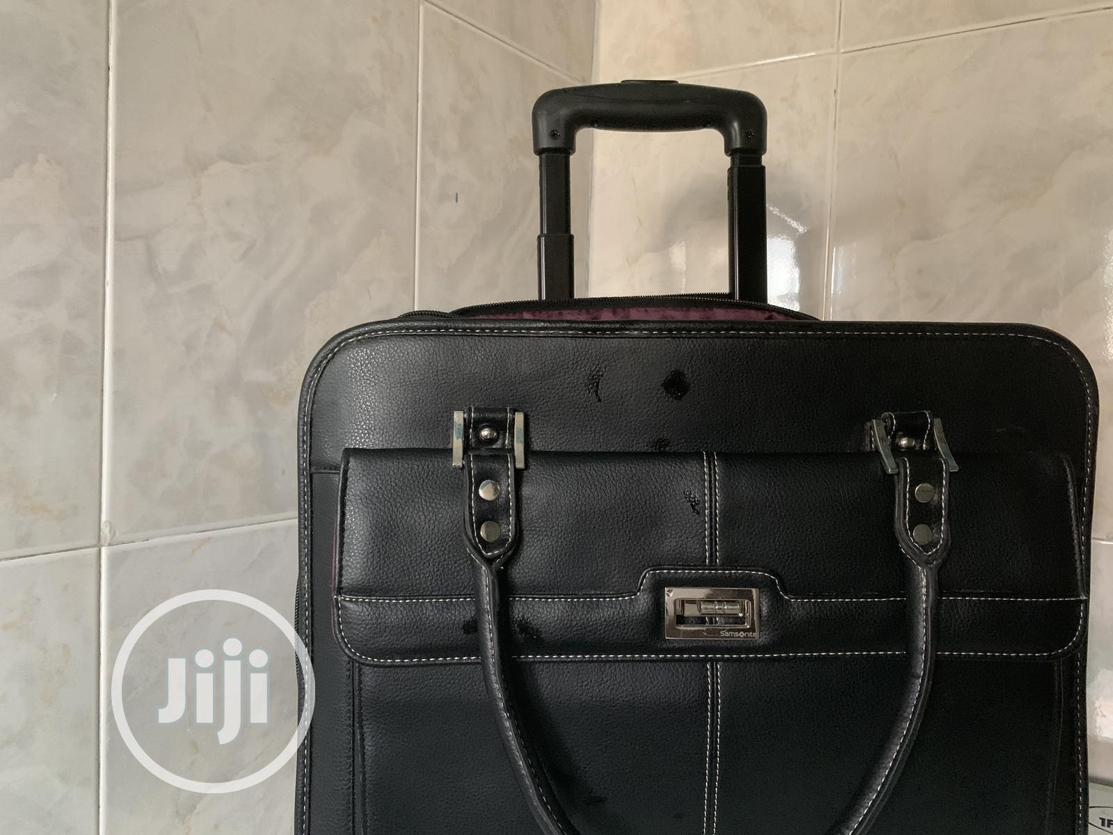 Archive: Leather Bag -Samnite