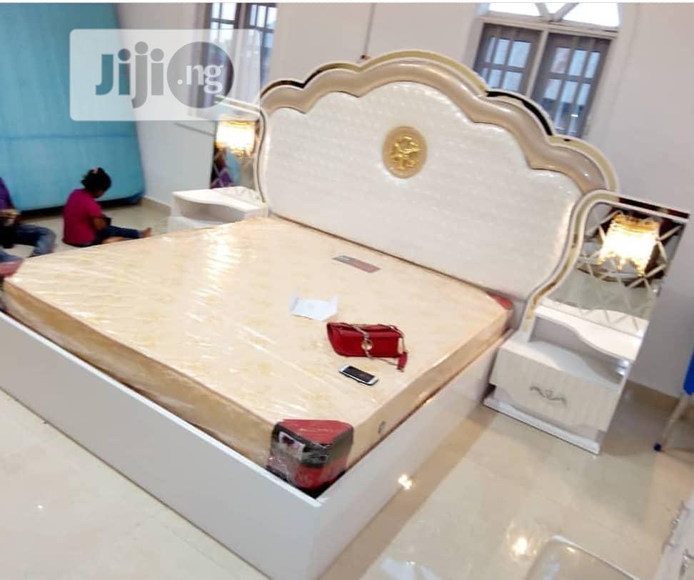 Royal Bed With Unique Design