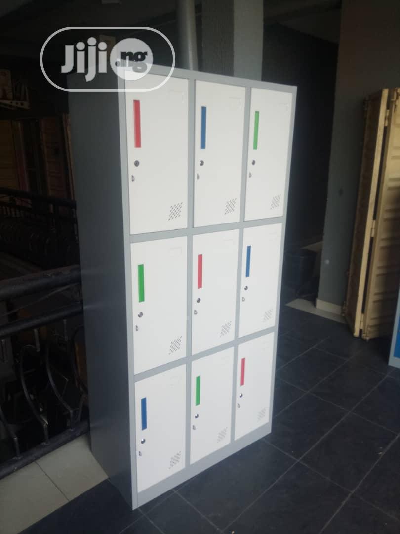 Metal Workers Lockers By 9 Lockers