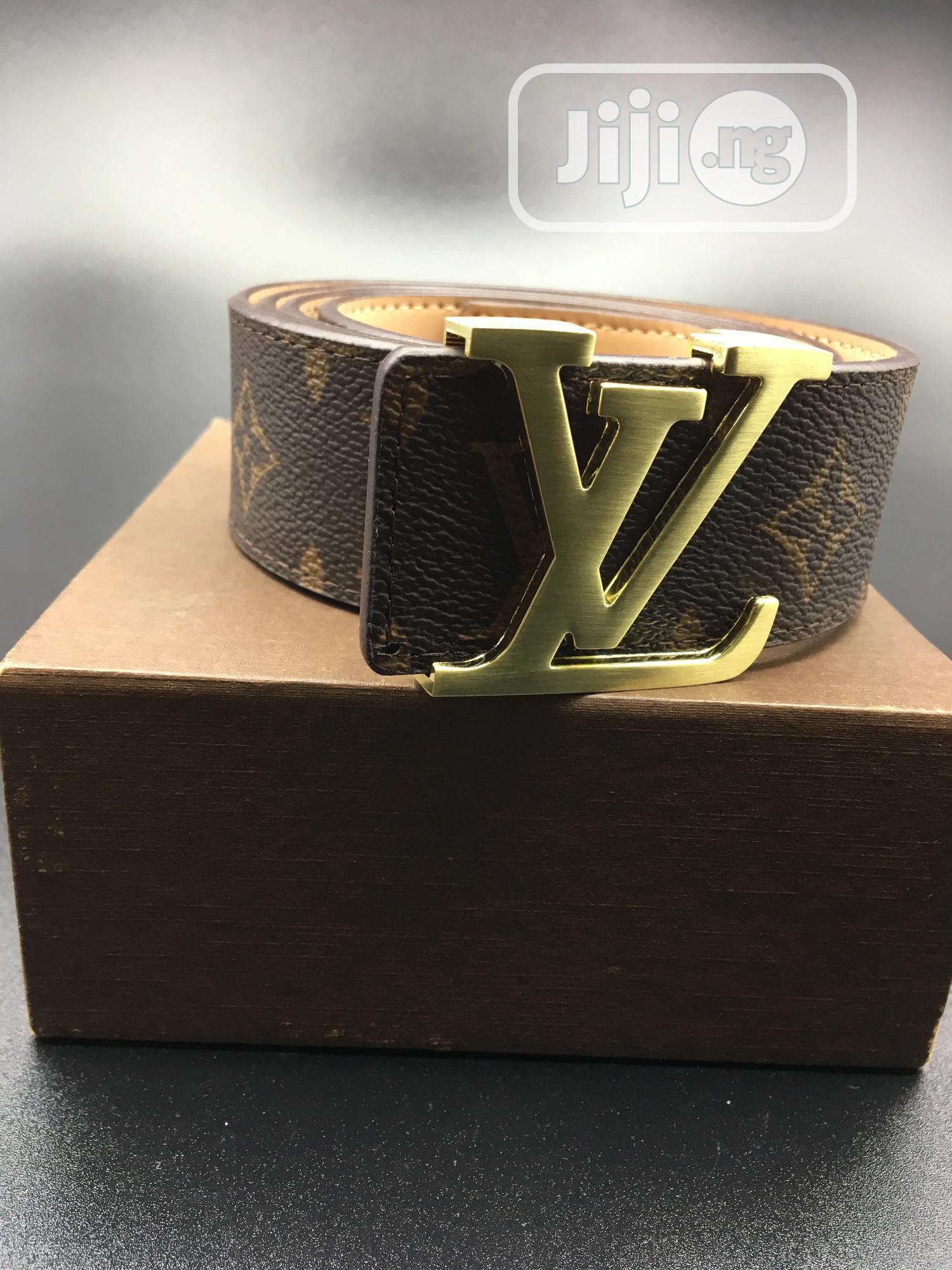 Archive: Louis Vuitton Belts
