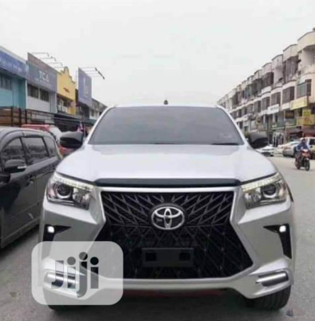 Complete Upgrade Kit Toyota Hilux Lexus Face 207 to 2020