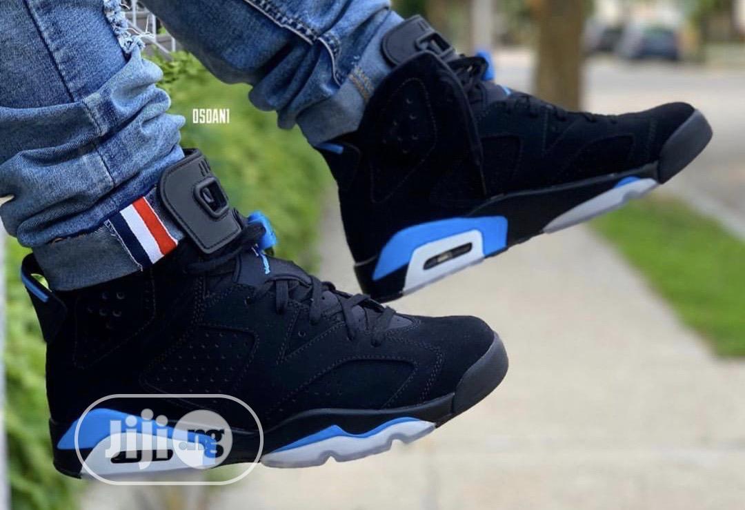 """Archive: Air Jordan """"UNC"""" Sneakers"""
