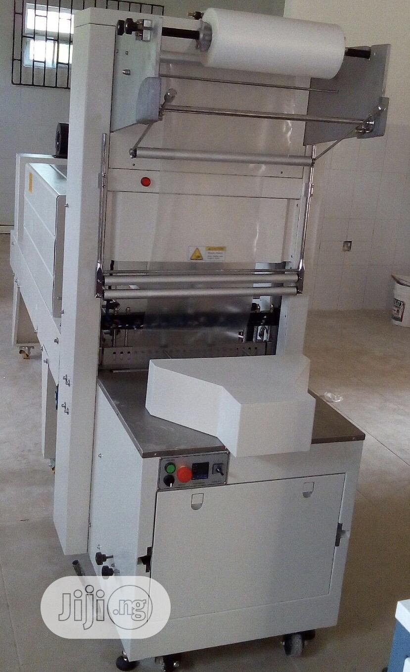 Auto Bottle Wrapper Machine For Bottle Water And Table Water Packing