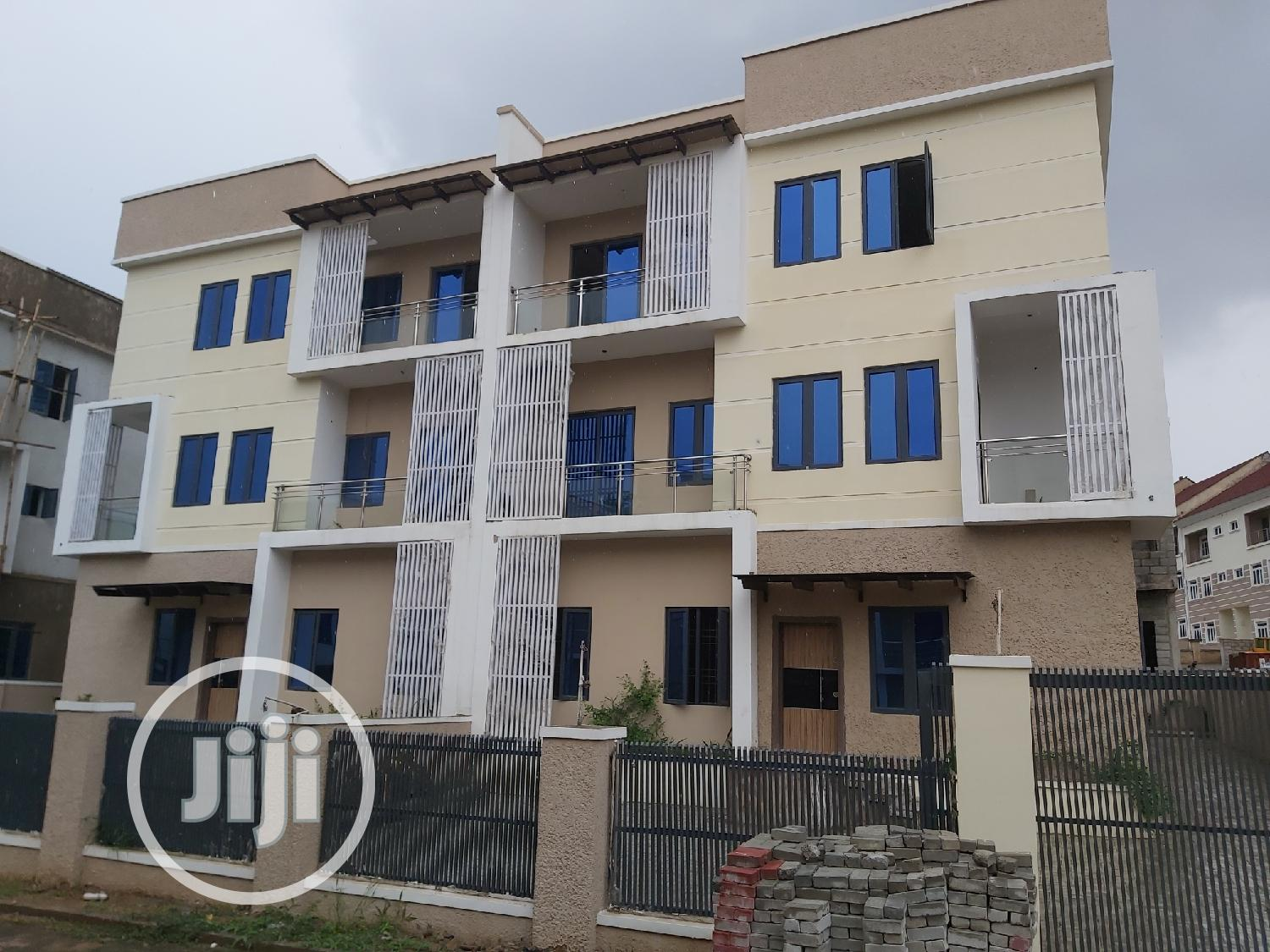 5 Bedroom Semi Detached Duplex With One Room Boys Quarters For Sale