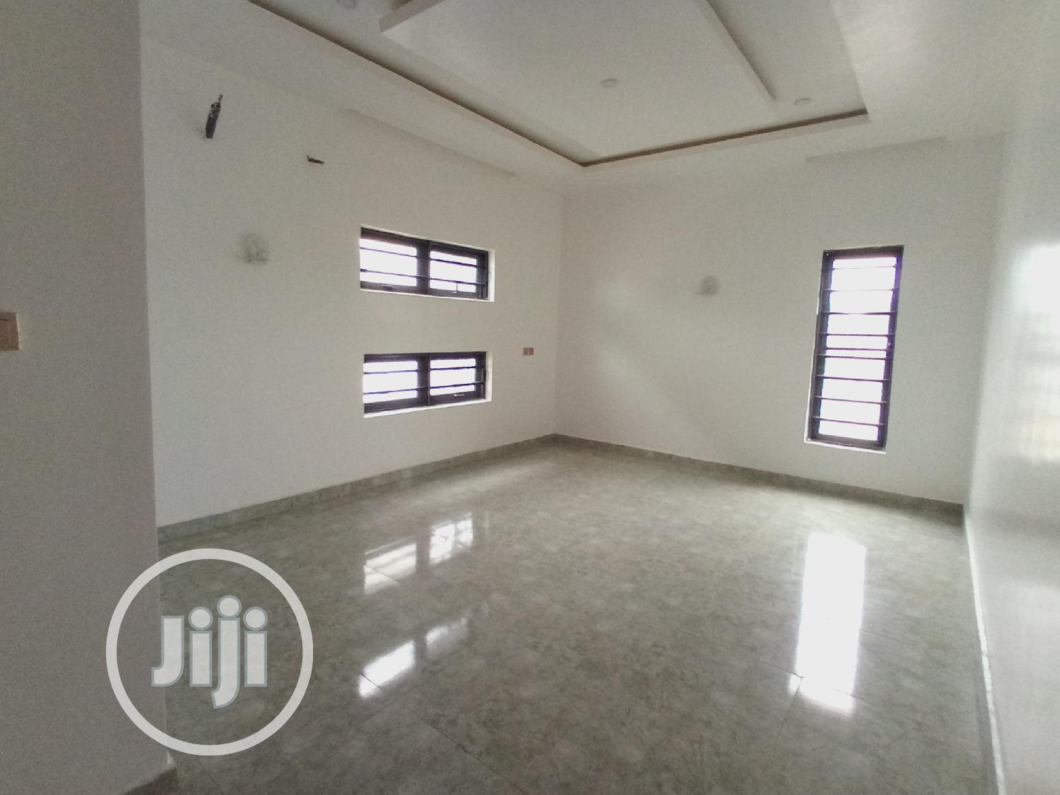 5bedroom Fully Detached Duplex With Swimming Pool And Rooftop Bar | Houses & Apartments For Sale for sale in Lekki Phase 2, Lagos State, Nigeria