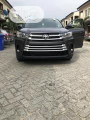 Toyota Highlander 2018 XLE 4x4 V6 (3.5L 6cyl 8A) Gray | Cars for sale in Lagos State, Ajah