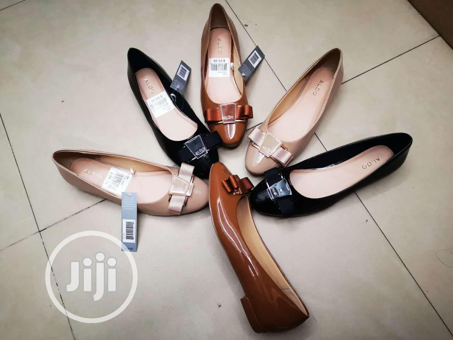 Flat Shoes For Ladies/Women Available In Different Sizes