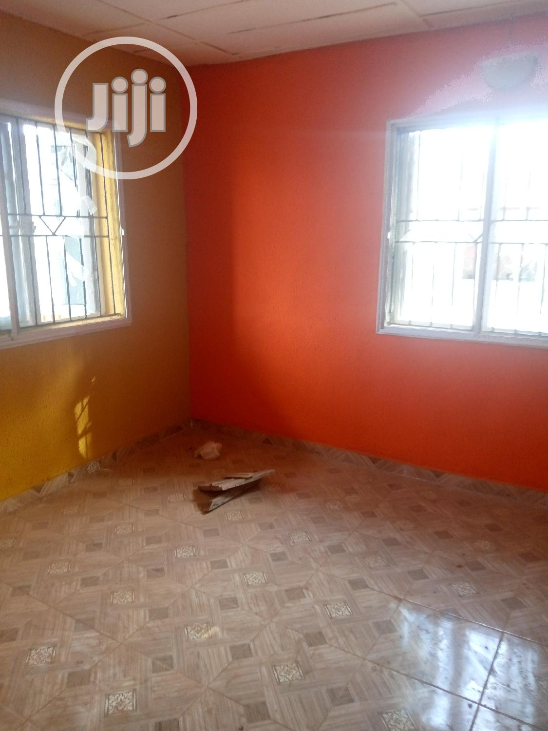 Two Bedroom Flat Apartment Within Akala Expressway | Houses & Apartments For Rent for sale in Ibadan, Oyo State, Nigeria