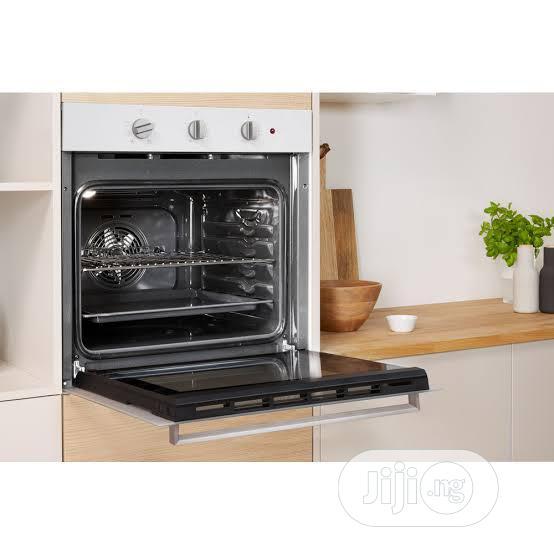 White Indesit Built in Oven 60cm | Kitchen Appliances for sale in Lekki Phase 2, Lagos State, Nigeria