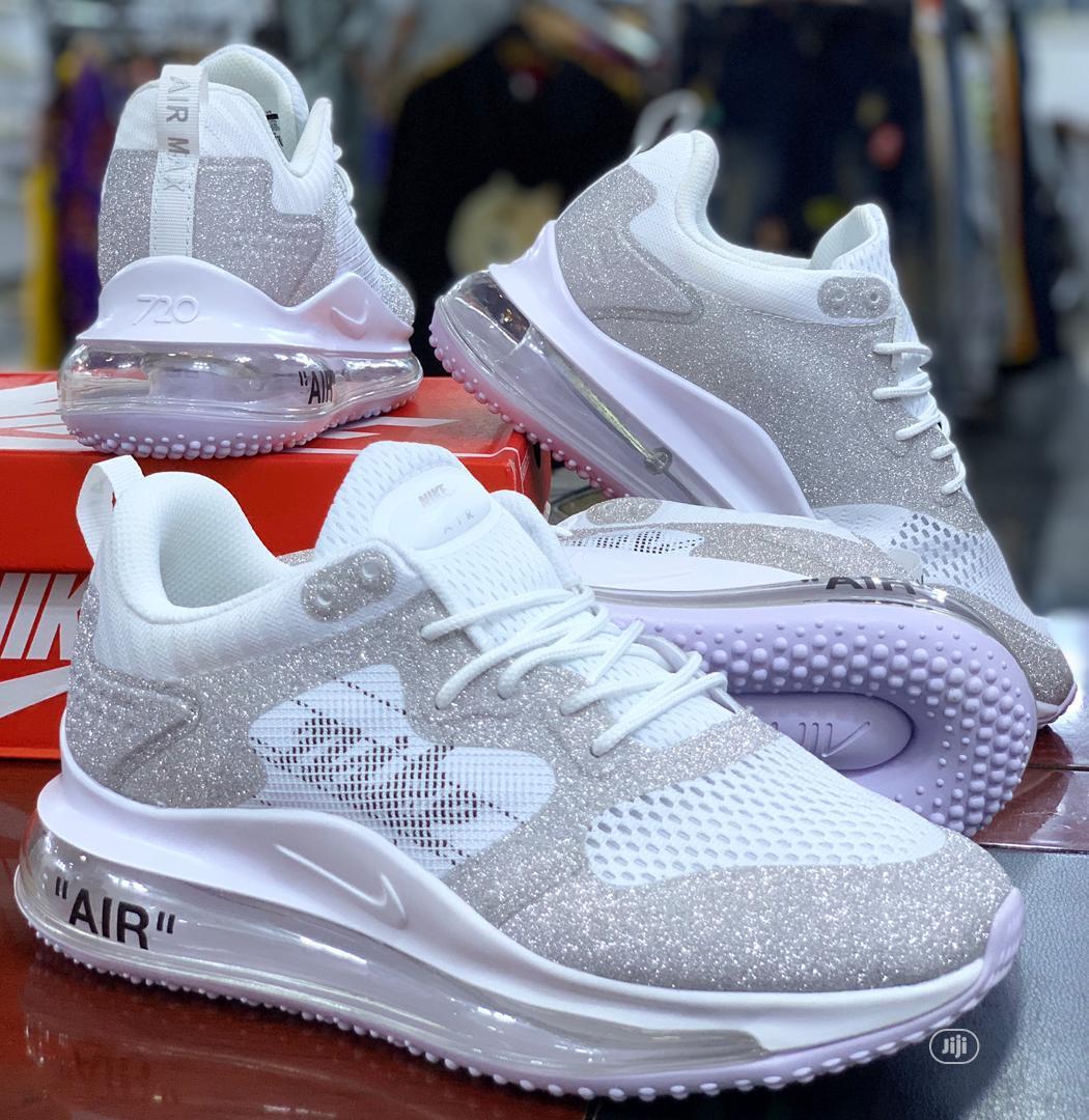 """Original Nike Airmax """"720"""" Men's Sneakers"""