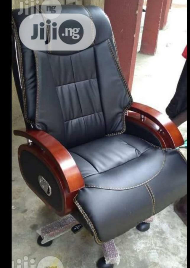 Brand New Imported Firstclass Executive Reclining Leather Office Chair