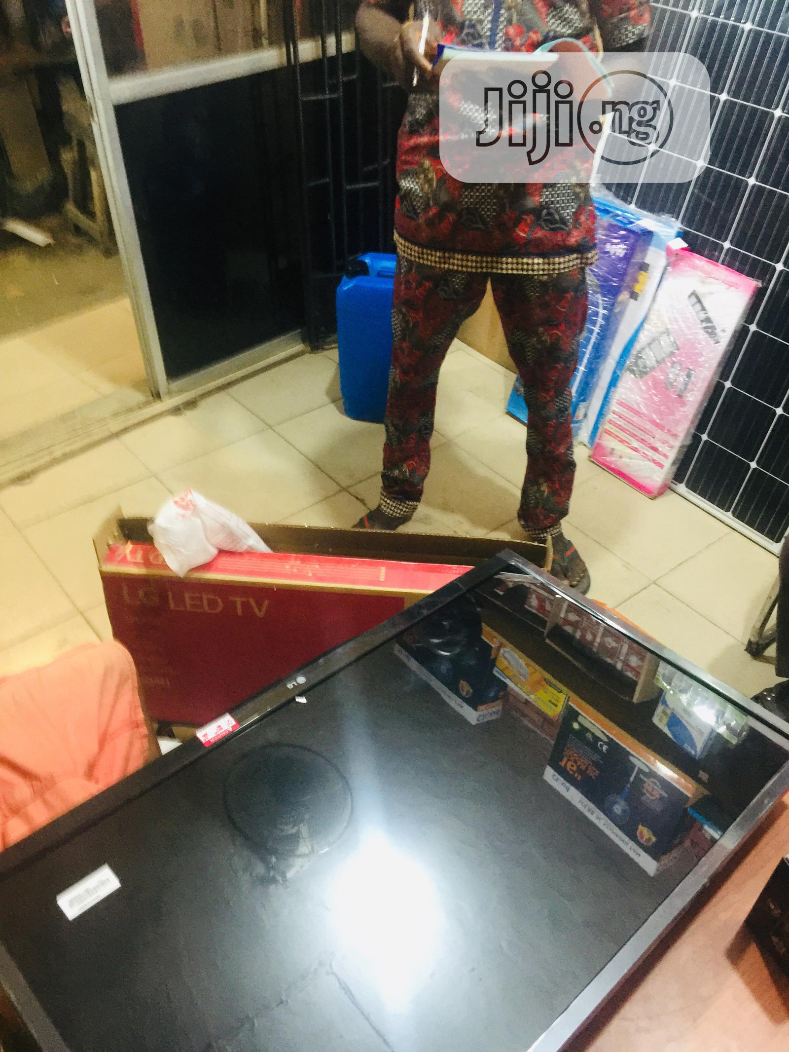 LG LED Television 32inches | TV & DVD Equipment for sale in Ojo, Lagos State, Nigeria