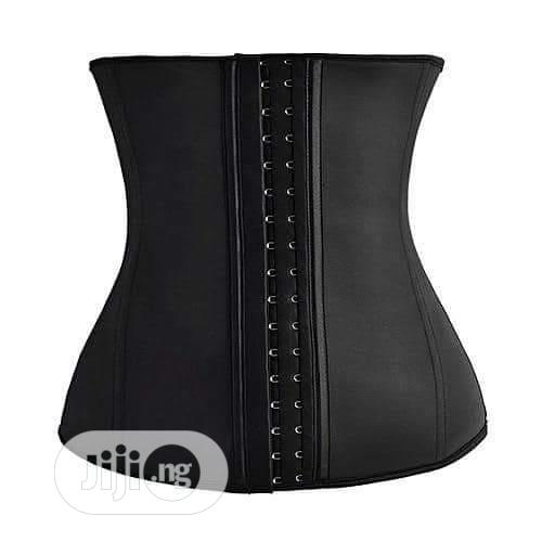 Waist Trainer ( Excellent Shapers)
