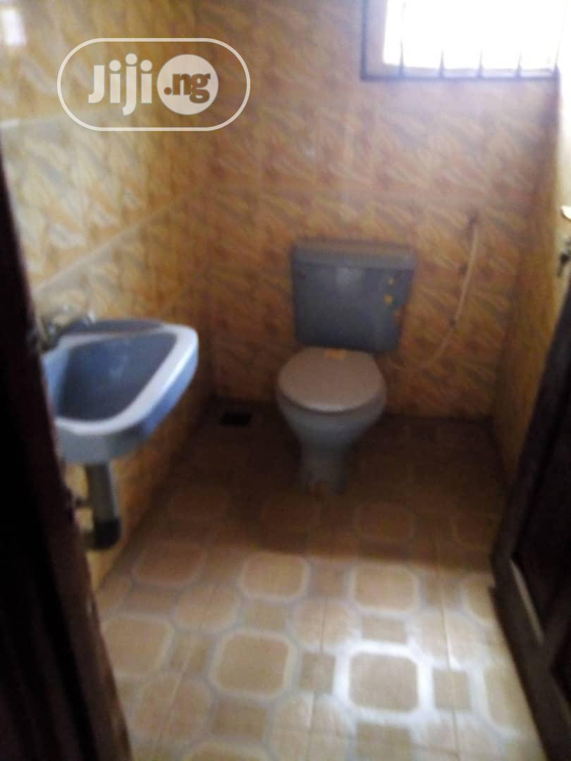 Four Bedroom Flat Apartment Within Apete Awotan | Houses & Apartments For Sale for sale in Ibadan, Oyo State, Nigeria