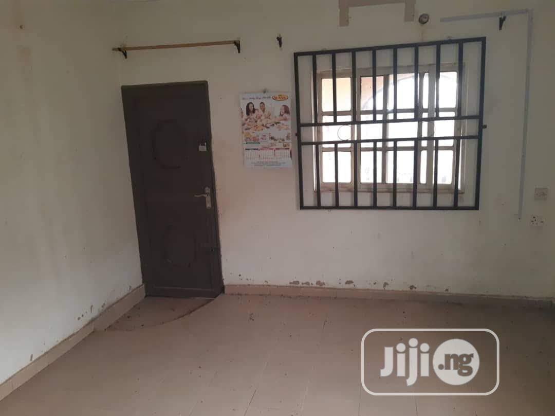 Three Bed room Apartment   Houses & Apartments For Rent for sale in Ikpoba-Okha, Edo State, Nigeria