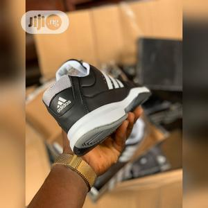 Lawn Tennis Canvass (Adidas)   Shoes for sale in Lagos State, Apapa