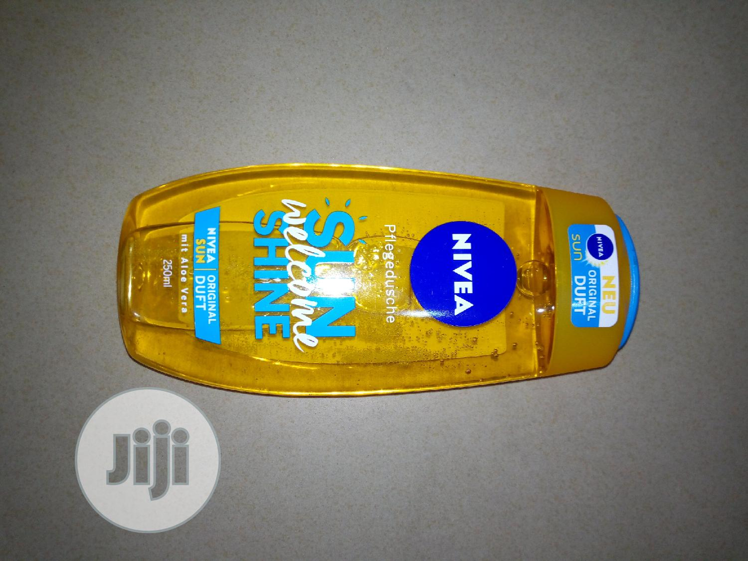 Archive: Nivea Sun Welcome Shine Bath