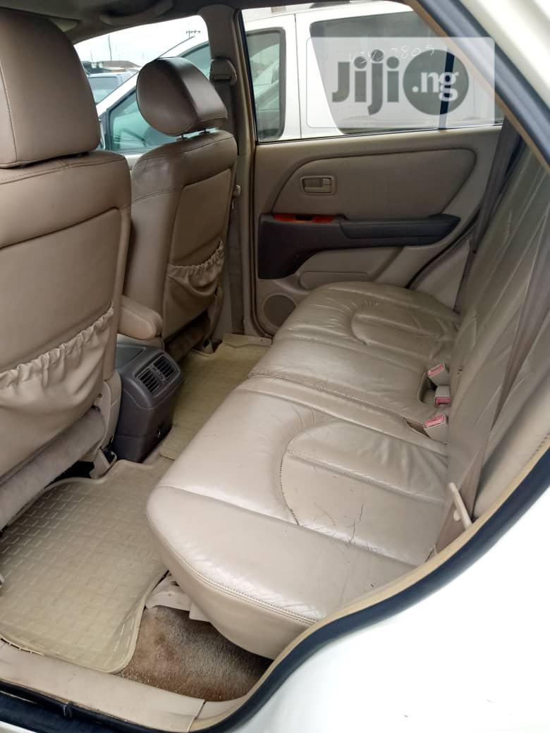 Archive: Lexus RX 2003 White