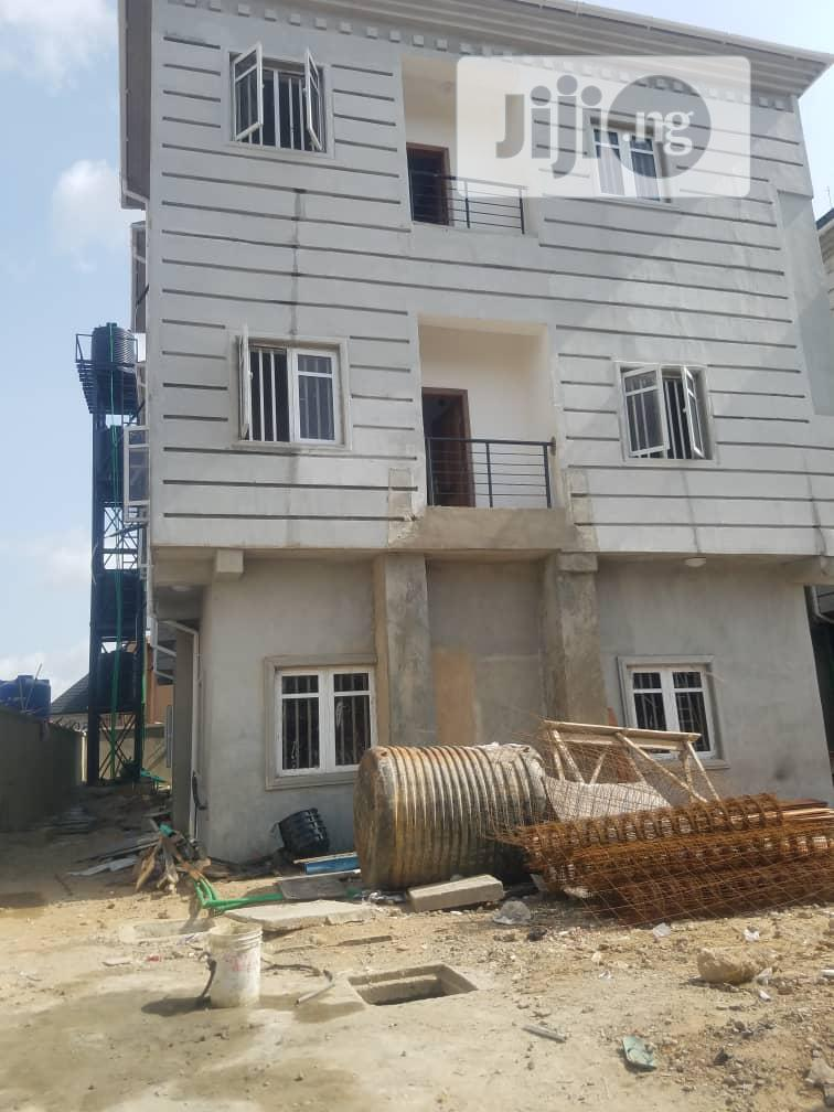 To Let Executive 2 Bedroom Flat In Ajao Estate