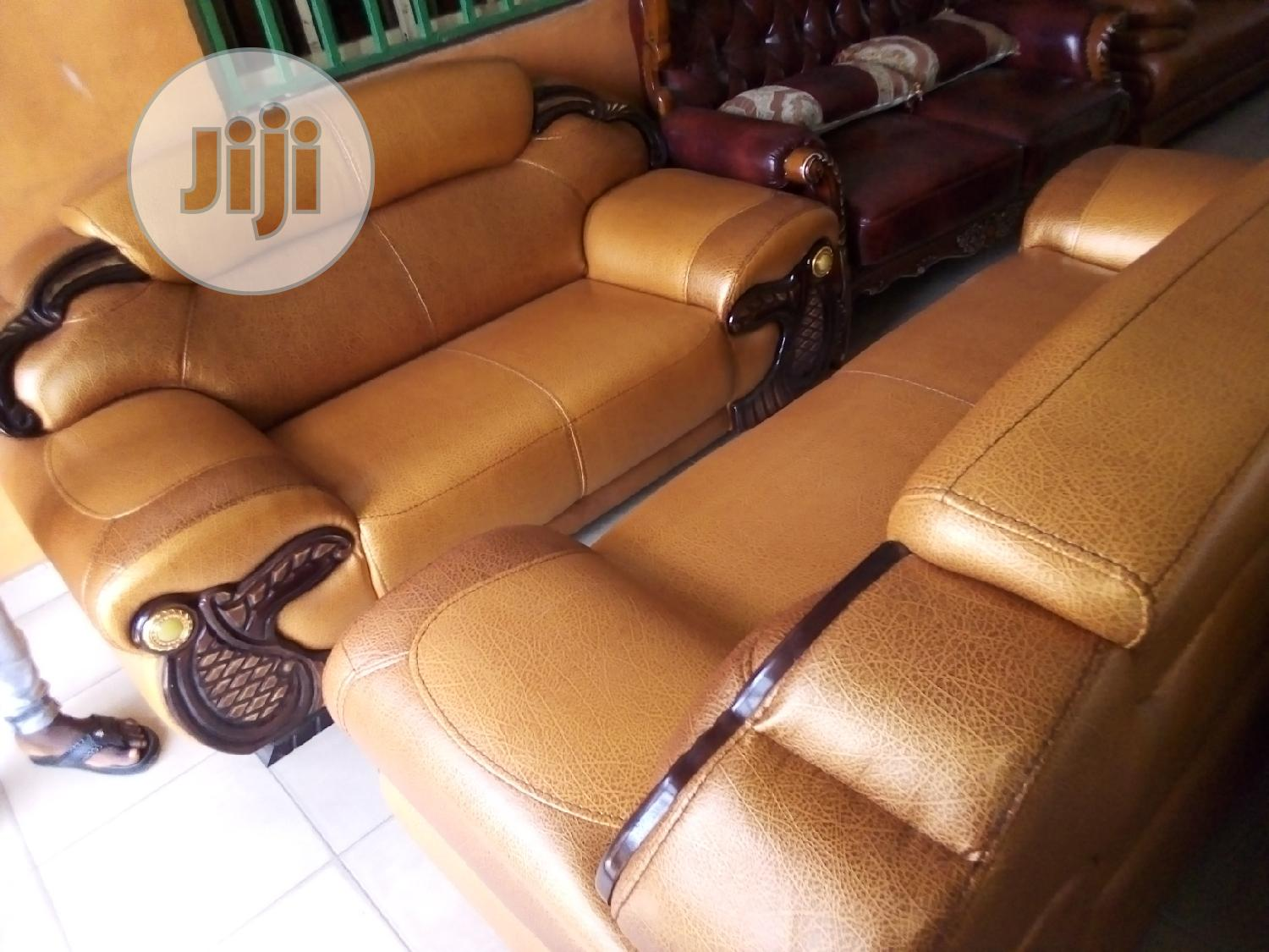 Good Quality Sofa Chairs 7 Seaters Leader