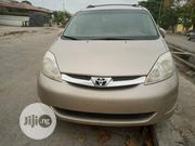 Toyota Sienna 2009 XLE Limited FWD Gold | Cars for sale in Lagos State, Amuwo-Odofin