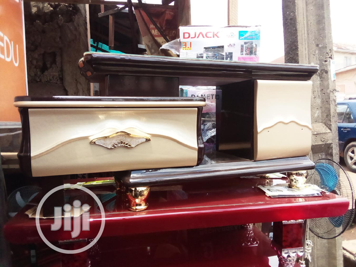 Tv Bench At An Affordable Price   Furniture for sale in Nnewi, Anambra State, Nigeria