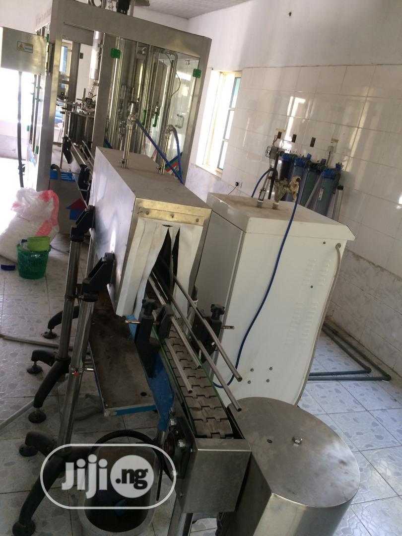 Manual Filling Machine With Washer, Filling And Conveyor