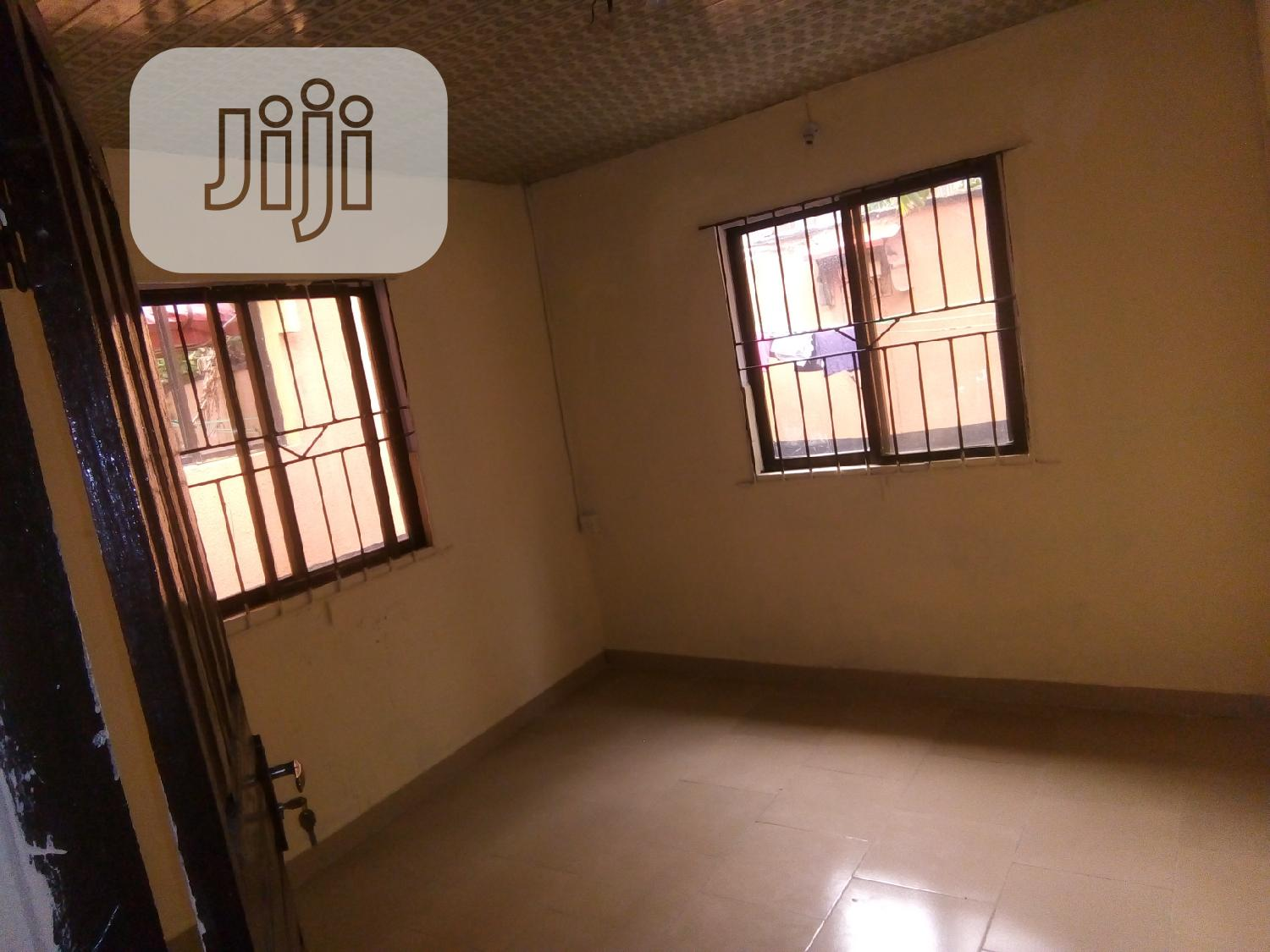 Mini Flat At Ikotun/Governors Road 5mins To Ikotun | Houses & Apartments For Rent for sale in Ikotun/Igando, Lagos State, Nigeria