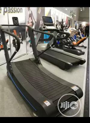 Curve Treadmill   Sports Equipment for sale in Lagos State, Victoria Island