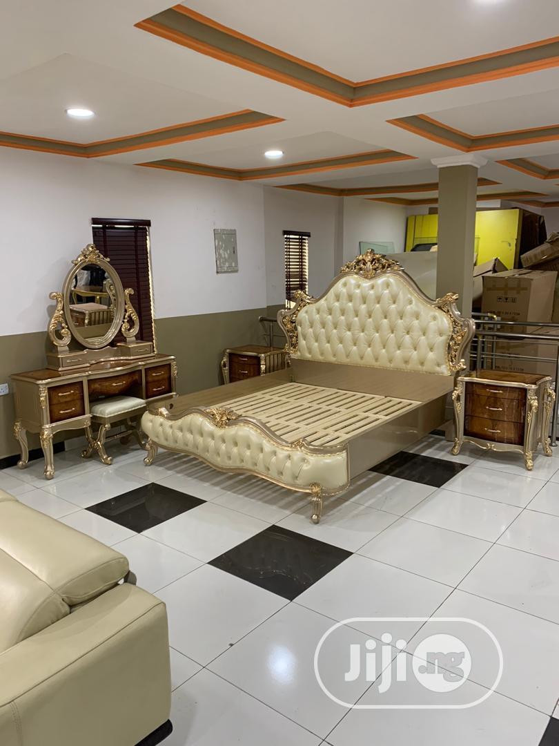 Royal Gold Bed