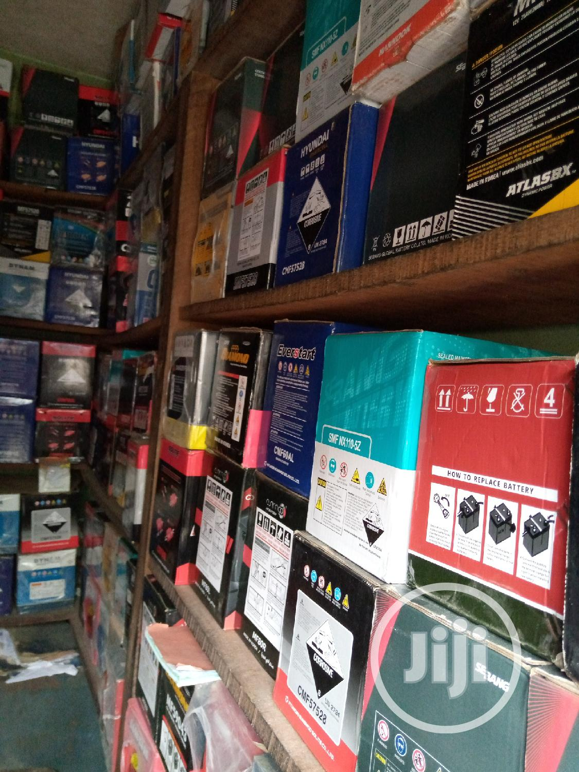 Tyres And Battery | Vehicle Parts & Accessories for sale in Lagos Island, Lagos State, Nigeria