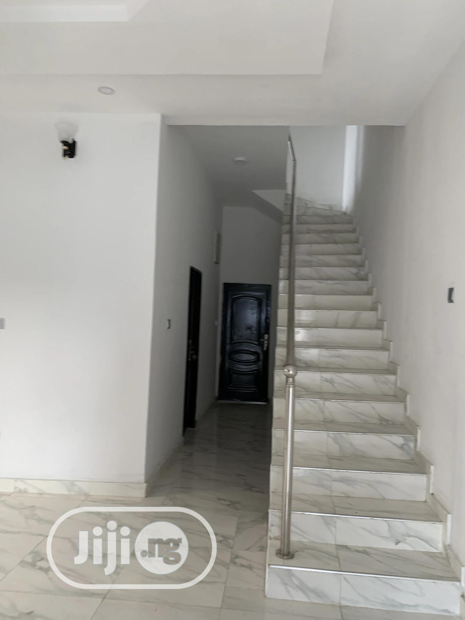 Distress 4bedroom Fully Detached Duplex For Sale In Ikota Lekki