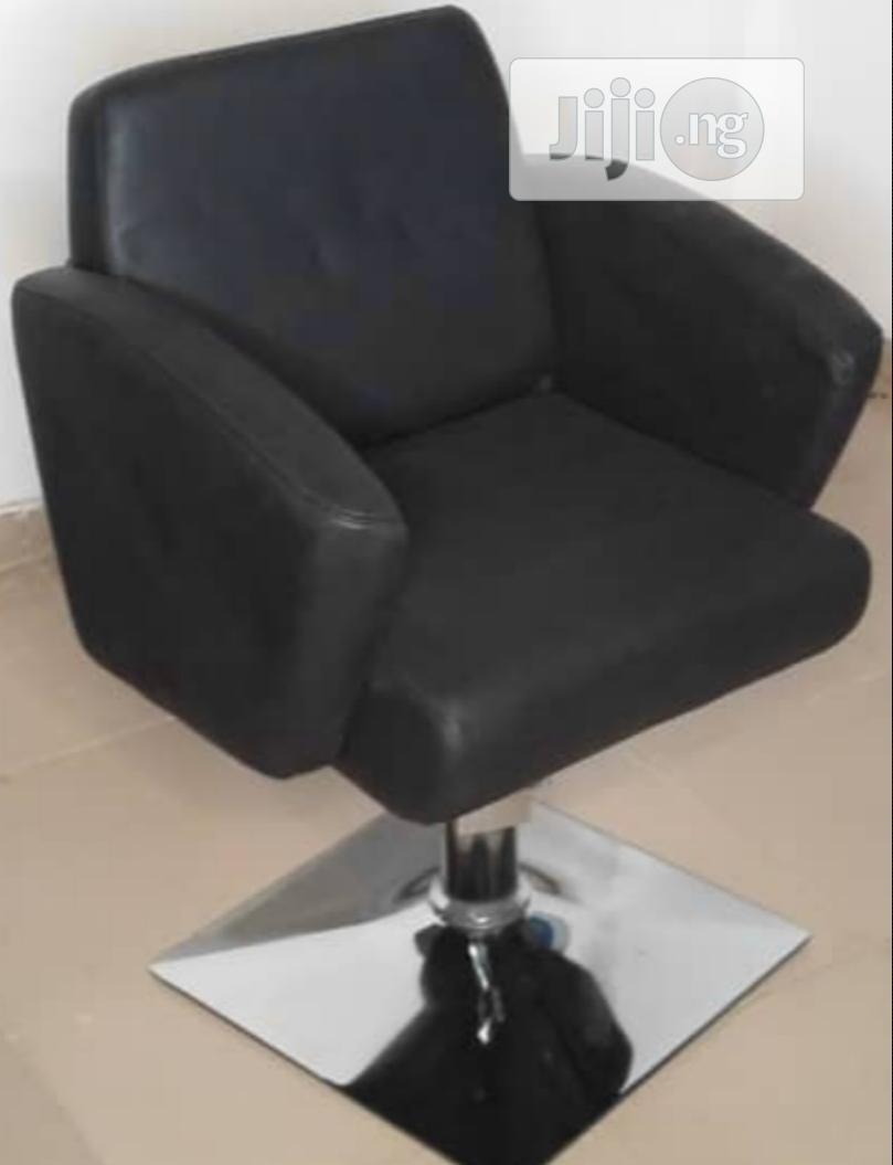 Unique Barbing Salon Chair
