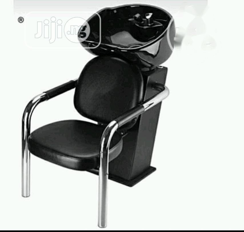 New York Salon Chair With Shampoo