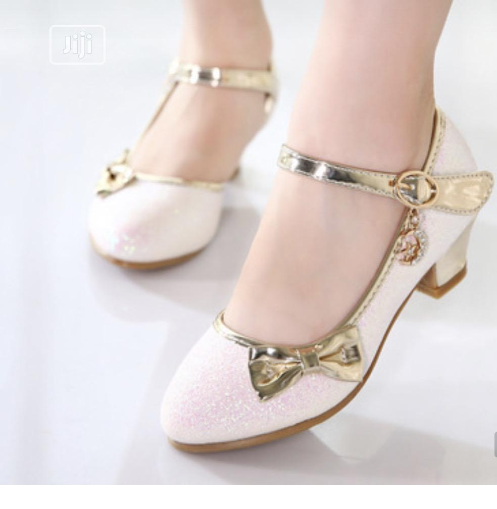 Beautiful Princess Shimmering Gold Heels Shoe