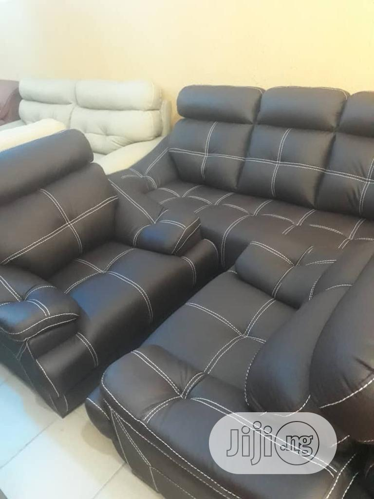 Nice Sofa' For Comfortable Of Ur Home. | Furniture for sale in Ojo, Lagos State, Nigeria