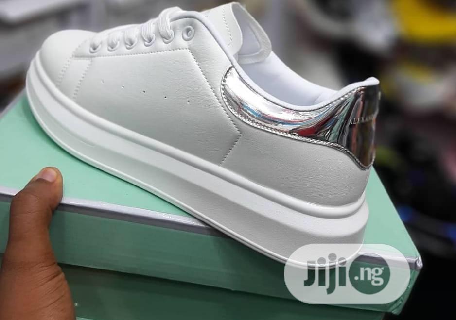 Archive: Original Quality Men Sneakers