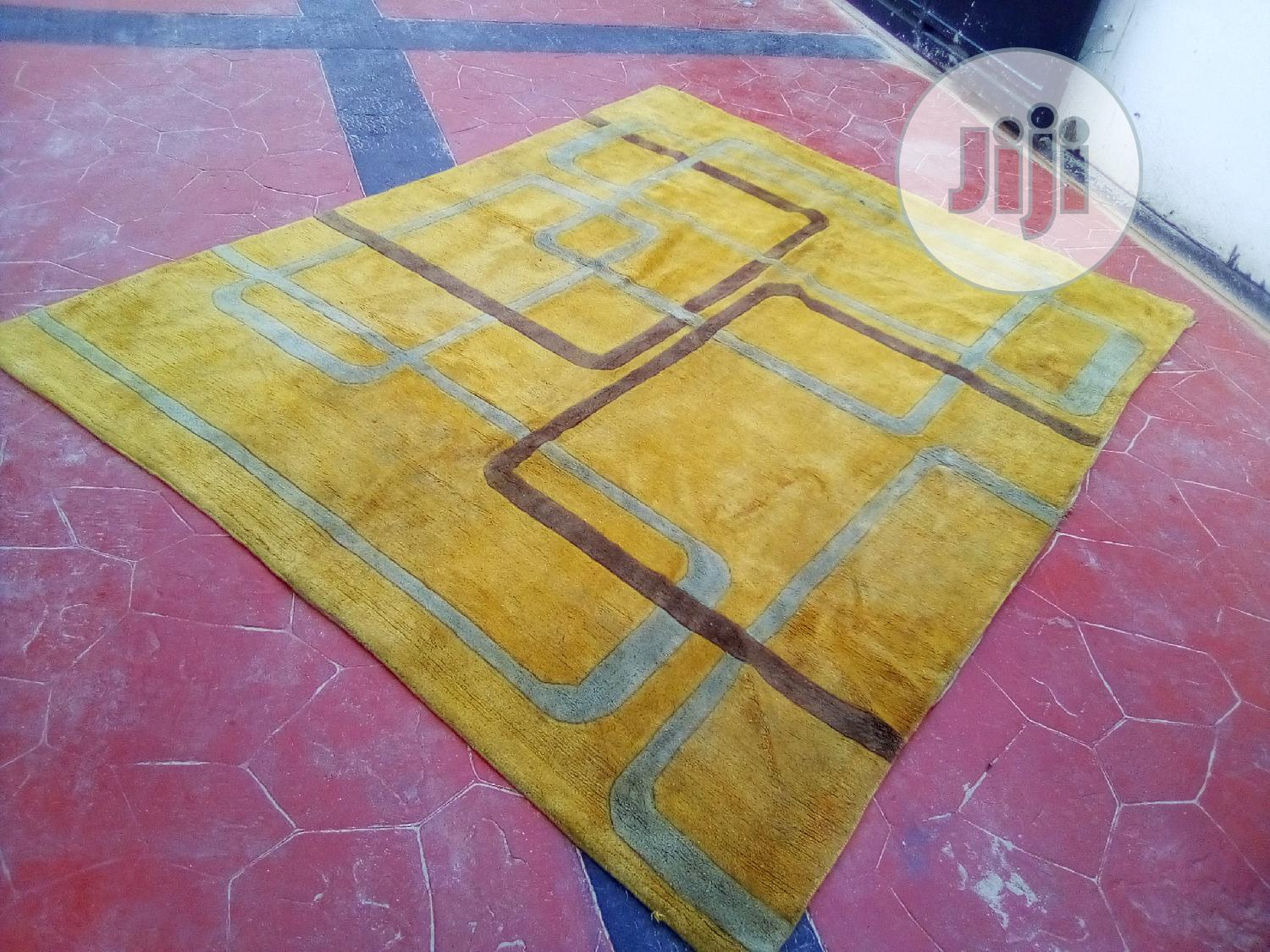 Archive: Centre Rug