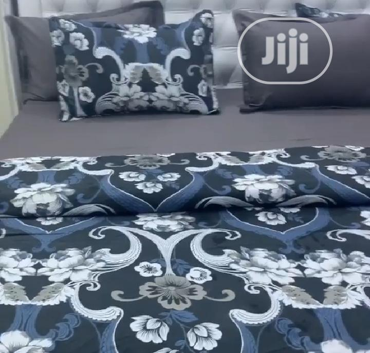 Complete Set (Duvet, Bedspread With Pillow Cases)