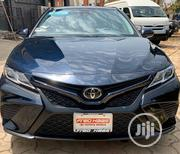 Toyota Camry 2018 SE FWD (2.5L 4cyl 8AM) Blue | Cars for sale in Abuja (FCT) State, Gwarinpa