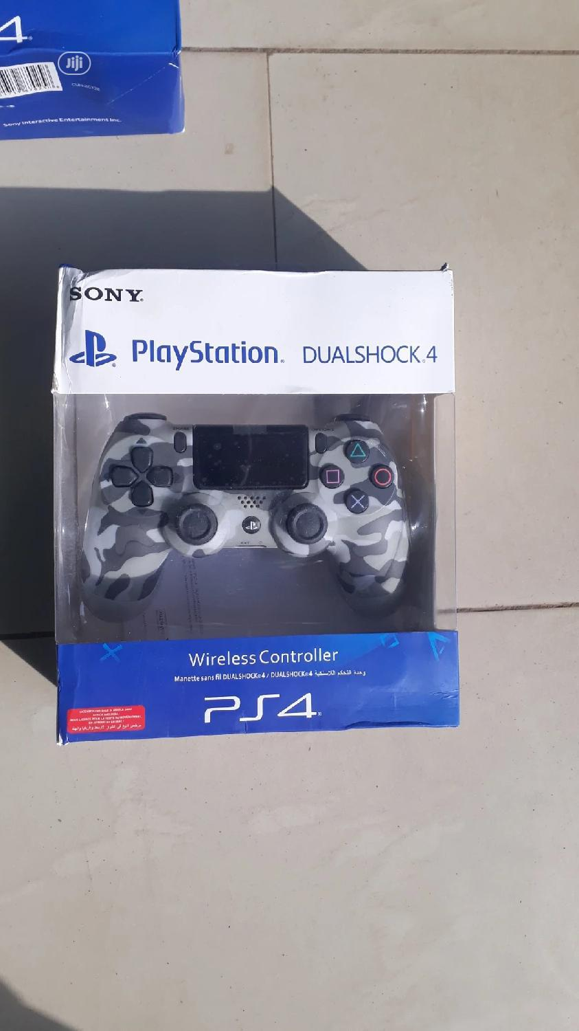 Archive: Play Station 4 Pad Controller