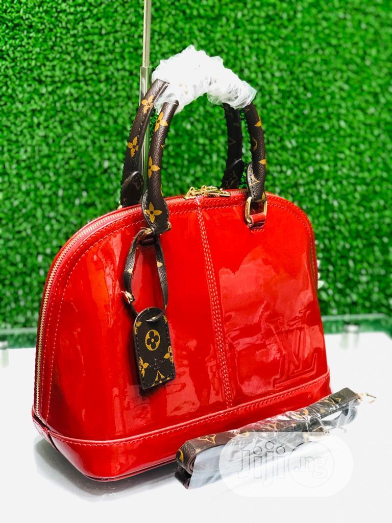 Original Quality and Beautiful Ladies Hand Bag