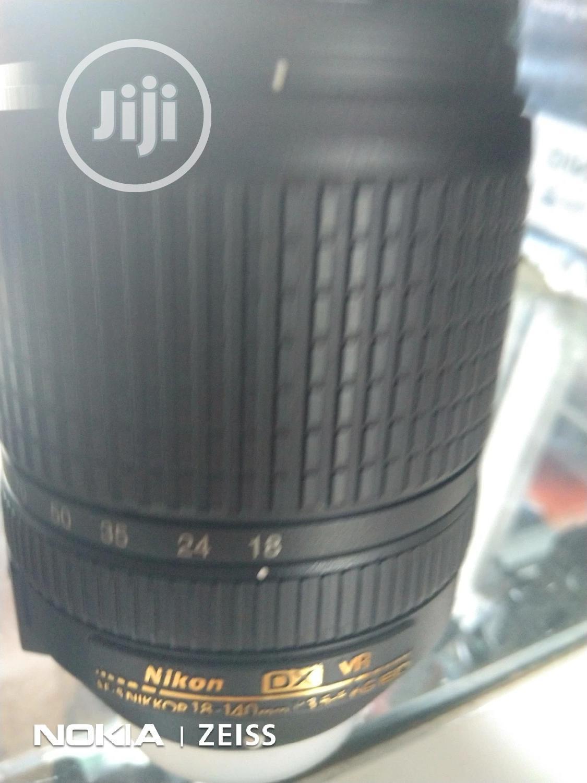 Nikon 18-140mm Lens