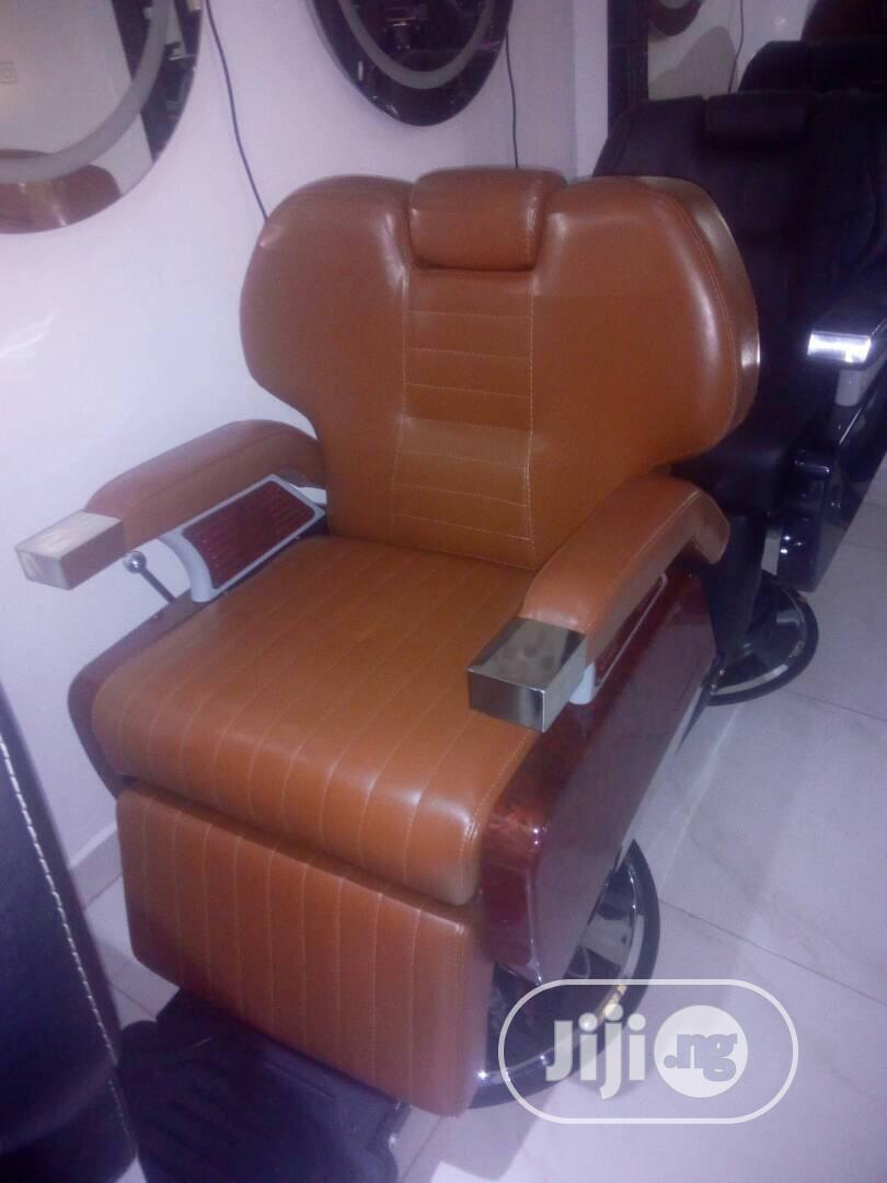 Executive Barbing Saloon Chair