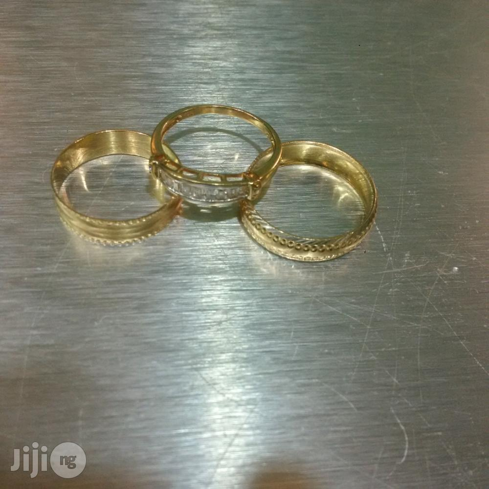Tested 18 Karat Solid Gold Wedding Ring Set | Wedding Wear & Accessories for sale in Lagos Island (Eko), Lagos State, Nigeria