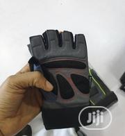 High Quality Gym Glove | Sports Equipment for sale in Cross River State, Etung