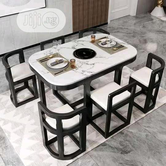 Contemporary Dining Sets.