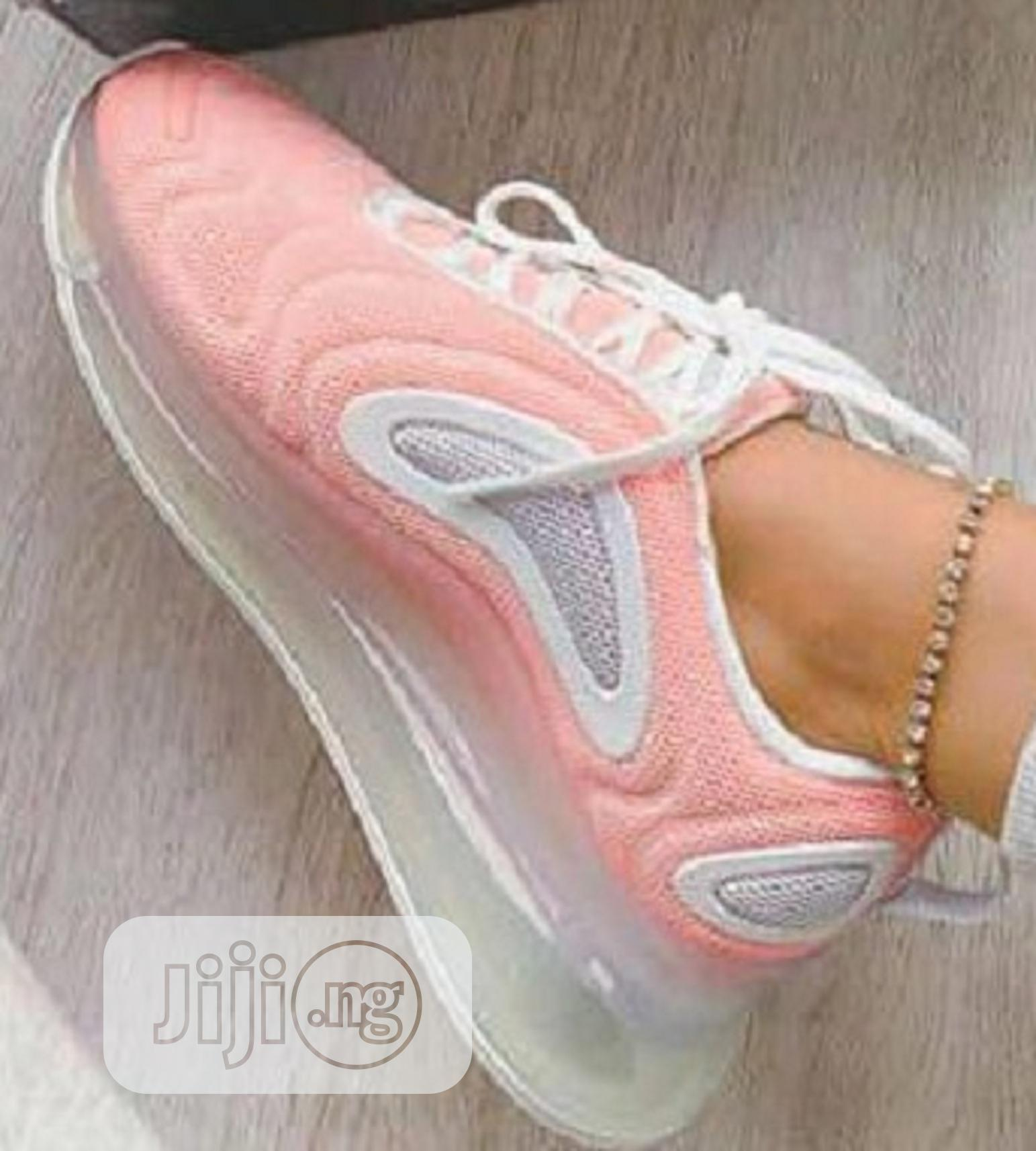 Archive: Quality Female Sneakers